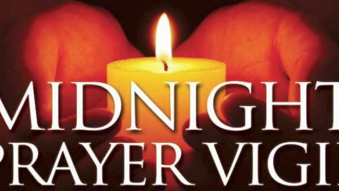 THE POWER OF MIDNIGHT PRAYER WARFARE - PRAY TONIGHT